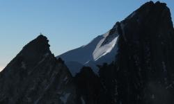 Quelqu'un au sommet du Stecknadelhorn