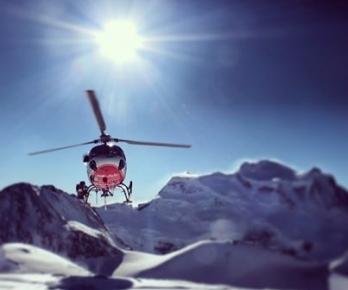 AirGlaciers en approche au sommet du Petit Combin